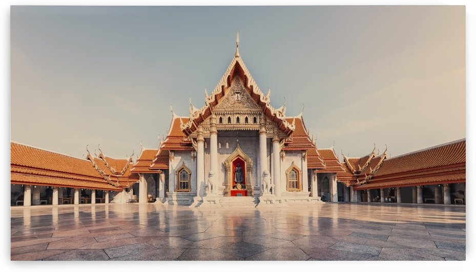 Wat Benchama Bophit by Manjik Pictures