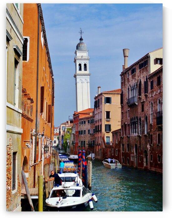 Venice Canal 3 by by Tara