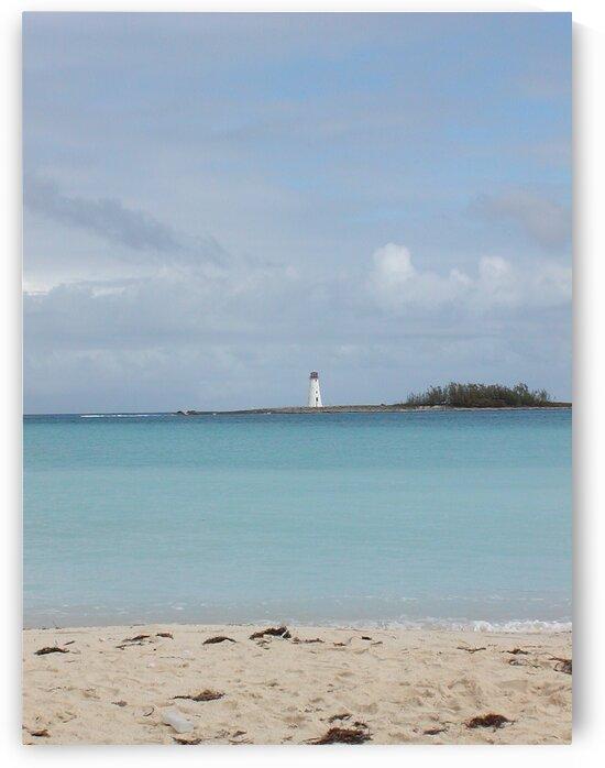 Bahamas lighthouse by by Tara