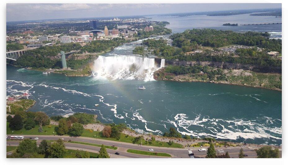 Niagara Falls by Sara Mikhail
