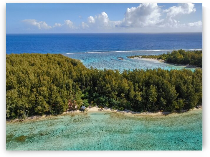 Moorea - Motu Fareone from above by Samantha Hemery