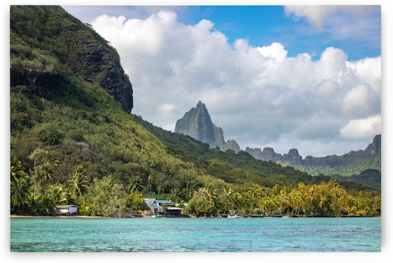 Moorea - from mountain to ocean 1 by Samantha Hemery