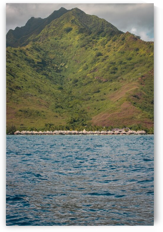 Moorea - from mountain to ocean 3 by Samantha Hemery