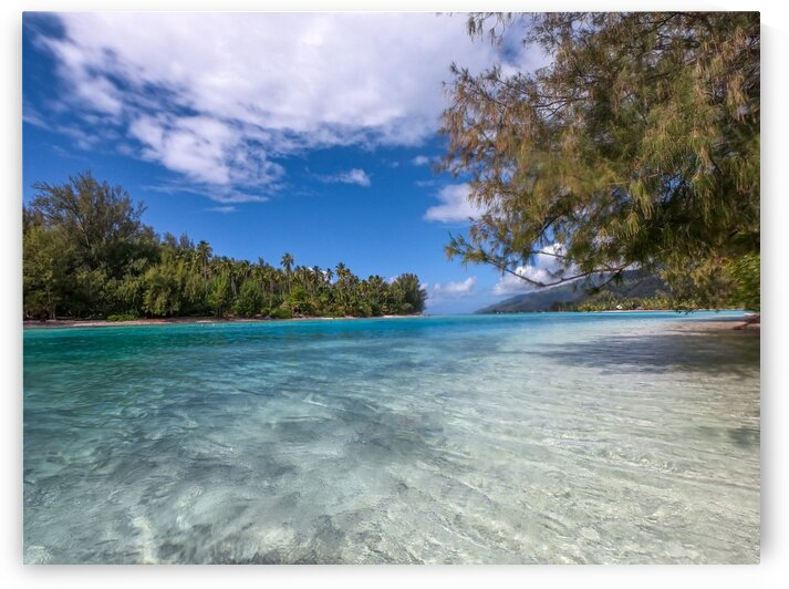 Moorea - lazy days on the motu by Samantha Hemery