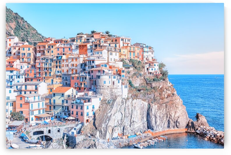 The colors of Manarola by Manjik Pictures