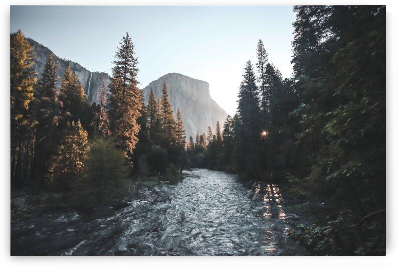 Sunrise at Yosemite Valley  USA by 7ob