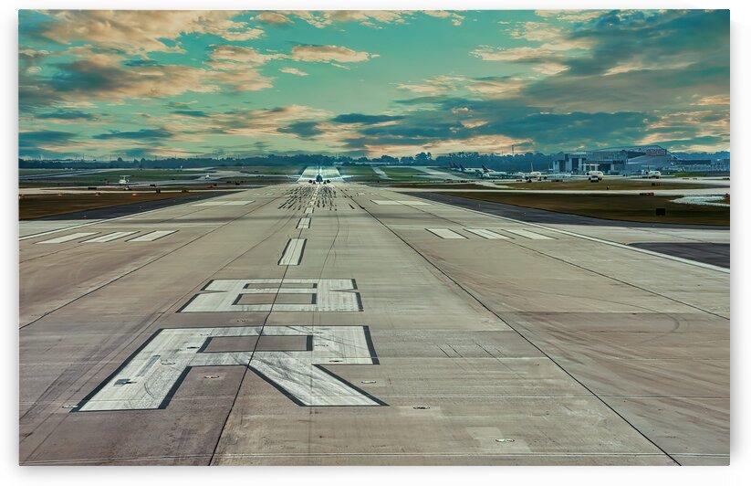 Departing Runway 8R by Darryl Brooks