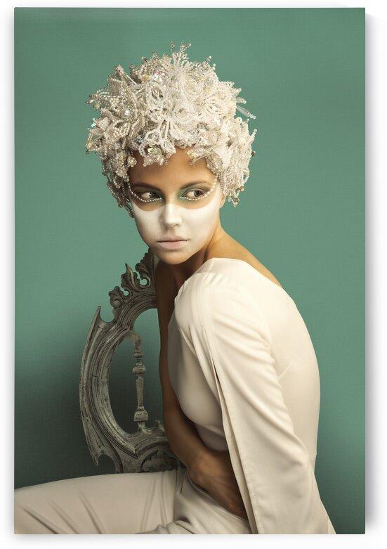 Perla Blanca I by Artmood Visualz
