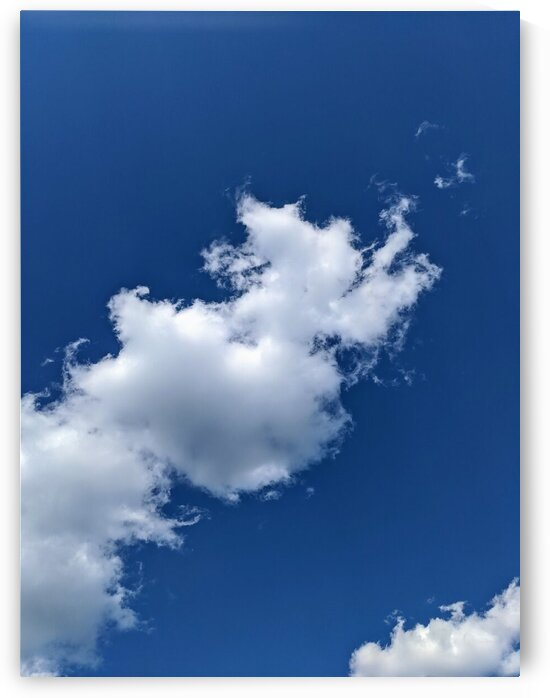 Low angle view of a cloud by Michael Geyer