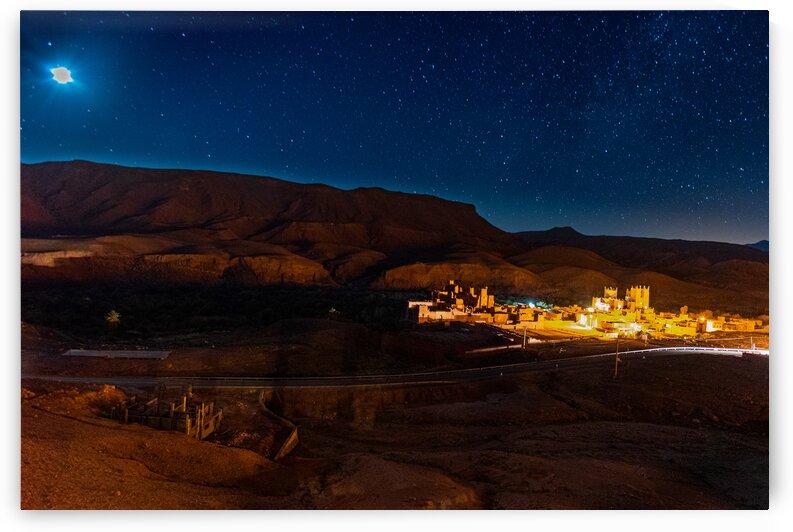 Nuit dans le desert by Michel Bisson