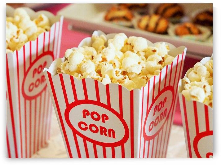 popcorn in box by Saqib Pervaiz