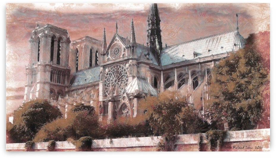 Notre Dame 2 by Lutz Roland Lehn
