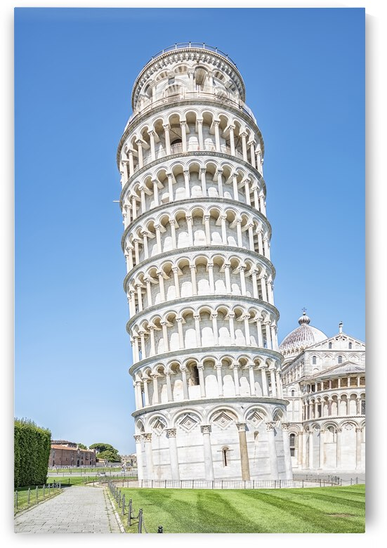Pisa by Manjik Pictures