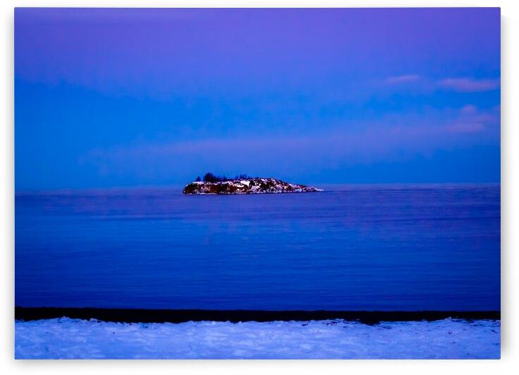 Gradient Island by J Gilbert Photography