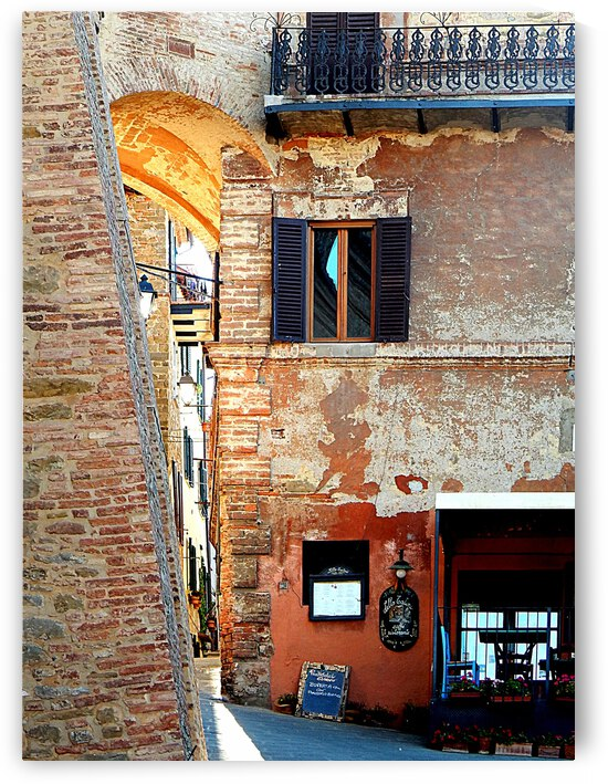 What is Round the Corner Panicale by Dorothy Berry-Lound
