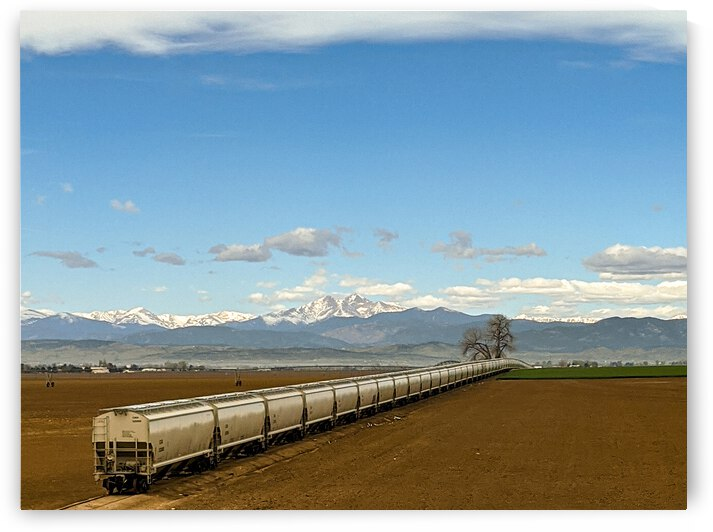 train by LNC PHOTOGRAPHY