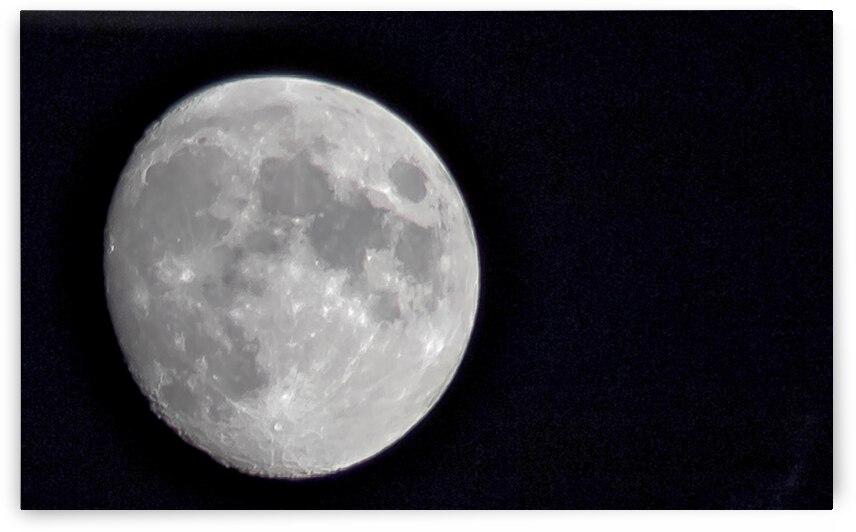 Lune by Jean Guy Boudreau