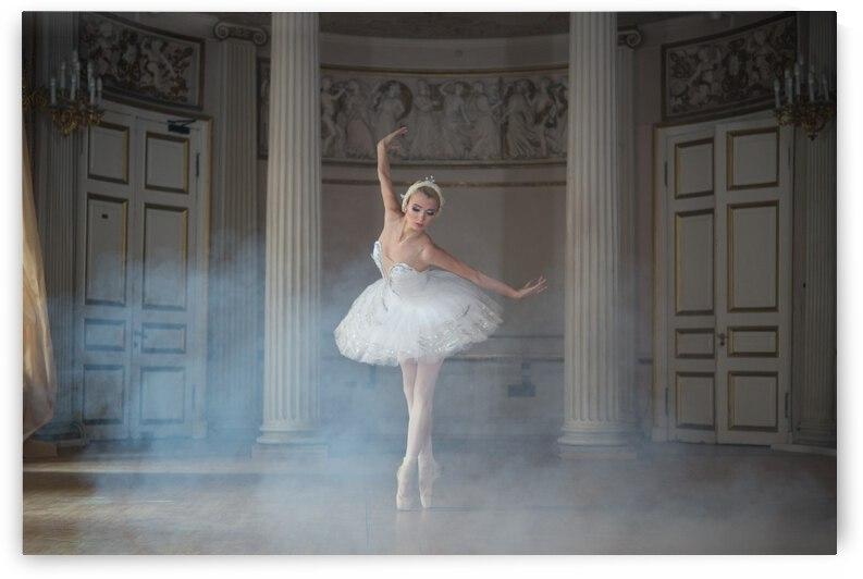 Ballerina by 1x