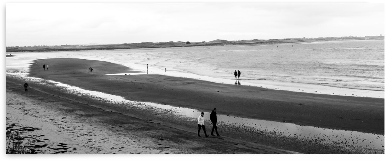 Malahide Beach by Andre Luis Leme