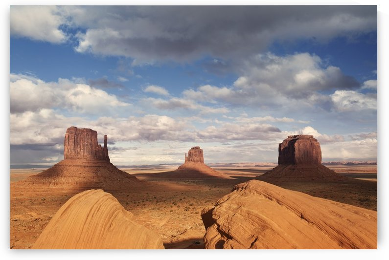 Monument valley 2 by Christopher Dormoy