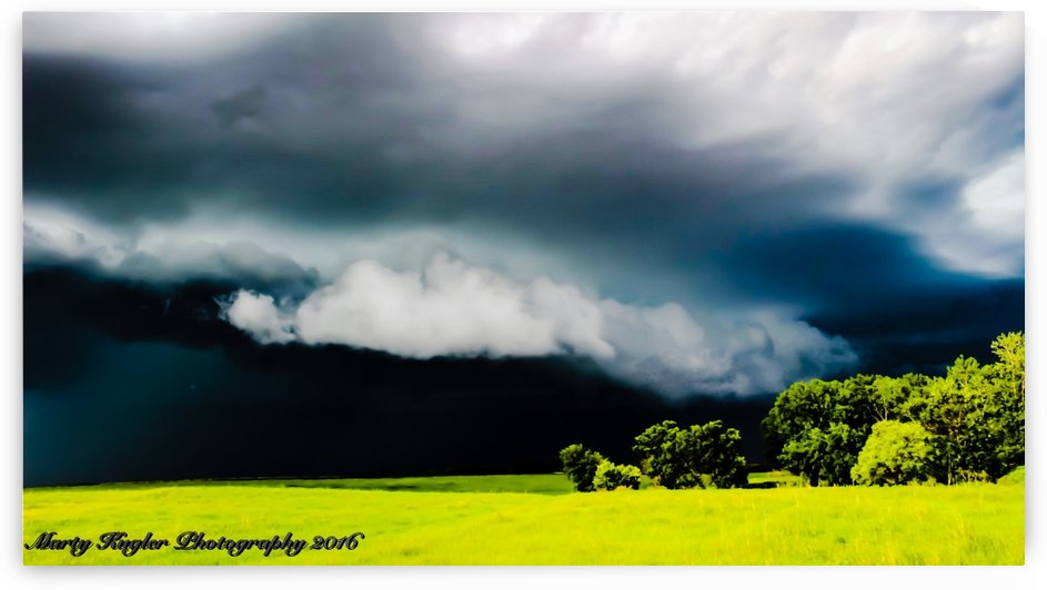 KANSAS STORM ROLLING IN! by Marty Kugler