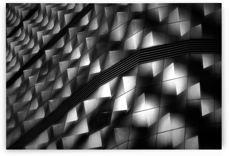 Lights on facade peeks by 1x