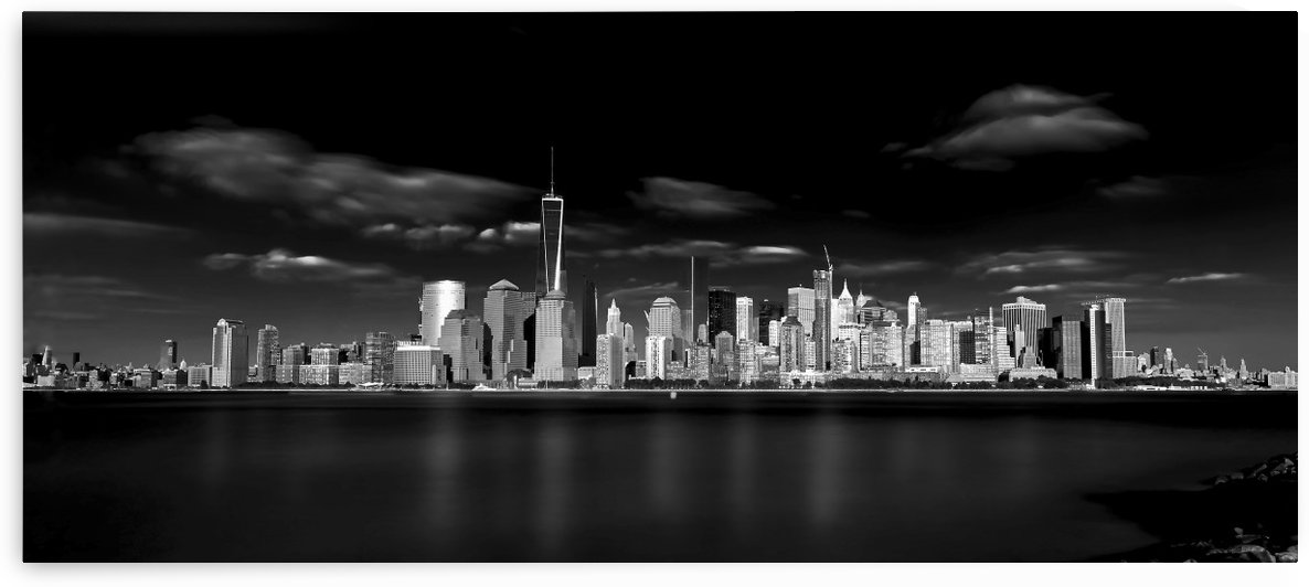 The Big Apple by 1x