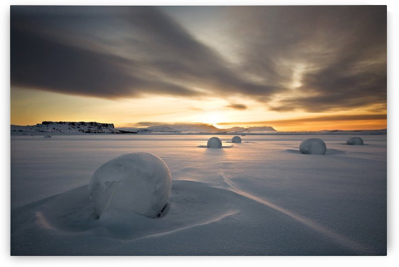 Snow bales by 1x