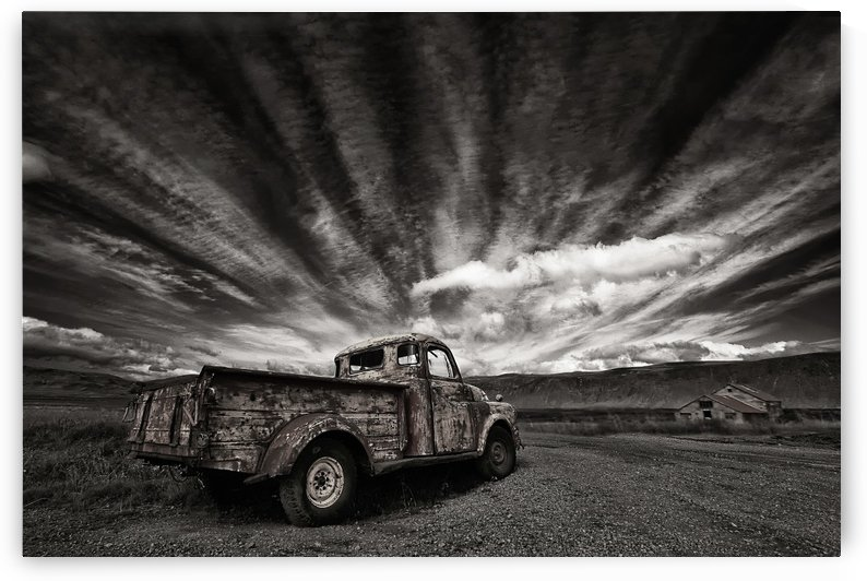 Old Truck (mono) by 1x