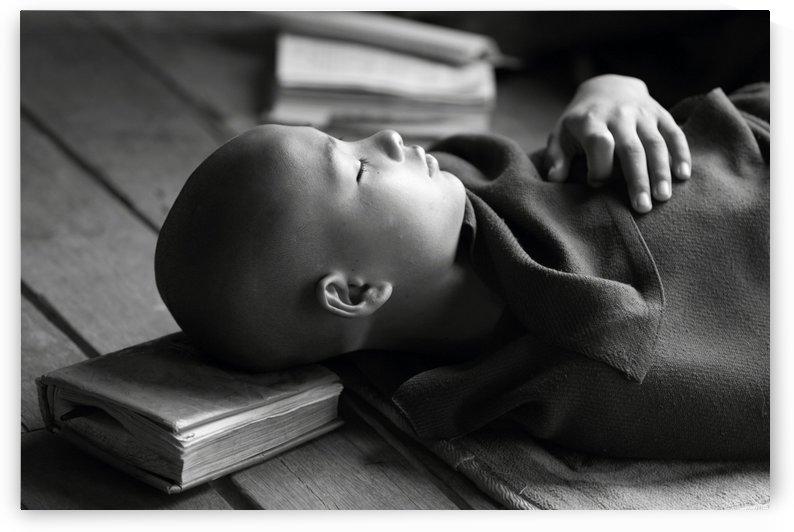 Sleeping Buddha by 1x