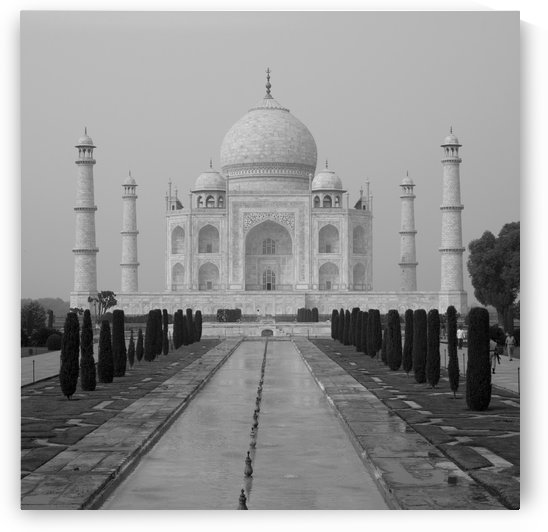 Taj Mahal, Agra, Uttar Pradesh, India by PacificStock