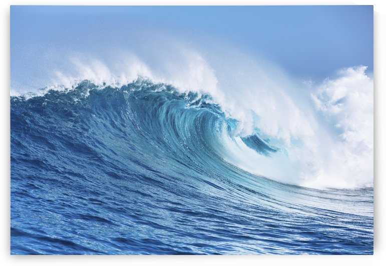 Large Powerful Ocean Wave by PacificStock
