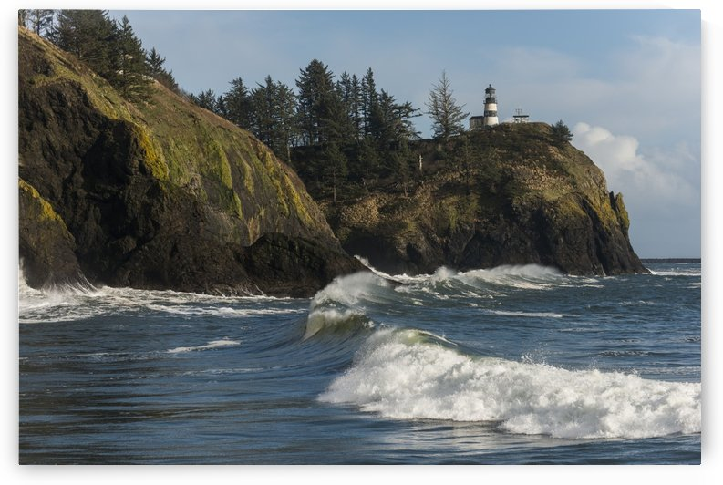 Surf breaks at Cape Disappointment on the Washington Coast; Ilwaco, Washington, United States of America by PacificStock
