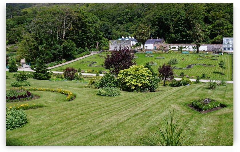 Victorian Walled Garden , Kylemore Abbey, Ireland, by Babetts Bildergalerie