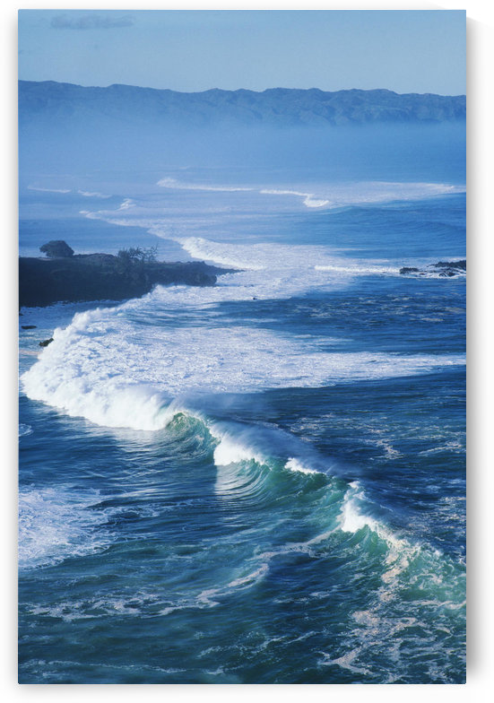 Hawaii, Oahu, North Shore, Waves At Waimea Bay. by PacificStock