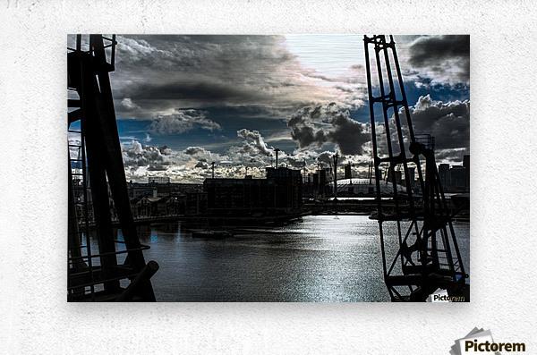 London Dramatic Sky - UK  Metal print