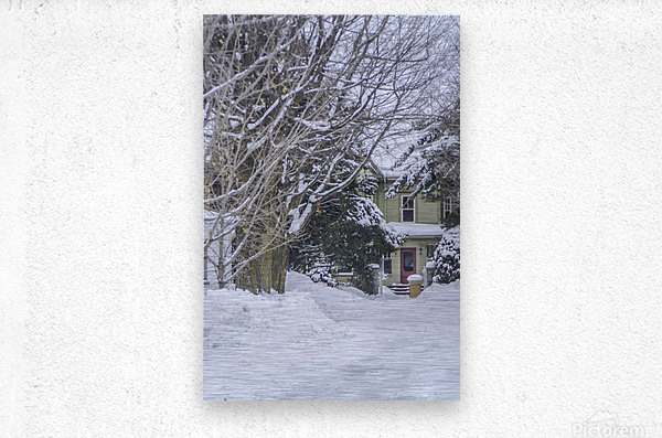 A country inn  Metal print