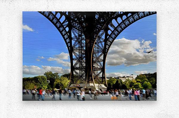 Life under the Eiffel Tower  Metal print