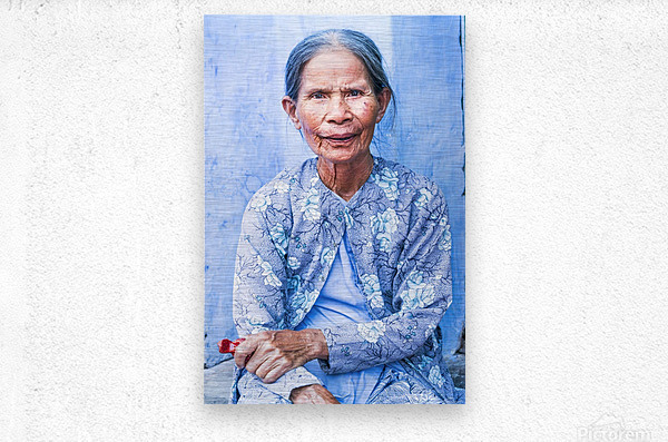THE BLUE LADY OF HOI AN  Metal print