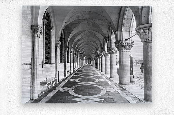 Doge's Palace archway in Venice, Italy  Metal print