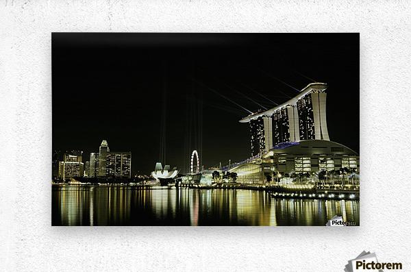 Night in the City by hardibudi    Metal print