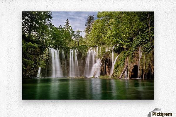 Idyllic Waterfall at Plitvice Lakes  Metal print