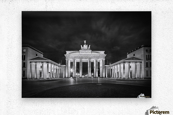 BERLIN Brandenburg Gate   Monochrome  Metal print