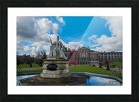Queen Victoria Statue Picture Frame print