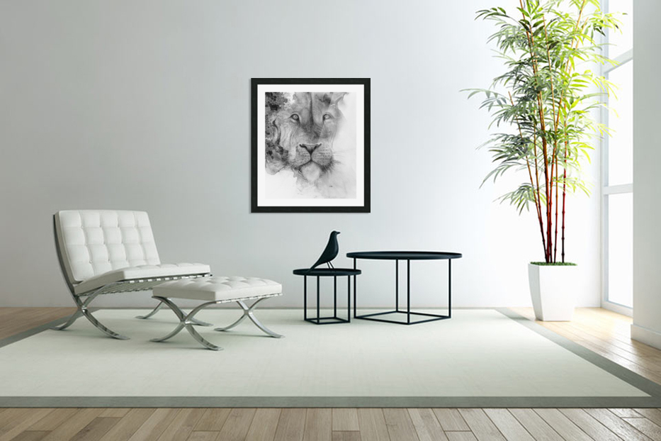Illustration of a lion's face and a mottled background in Custom Picture Frame