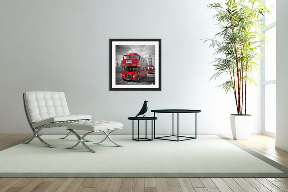 LONDON Red Buses on Westminster Bridge in Custom Picture Frame
