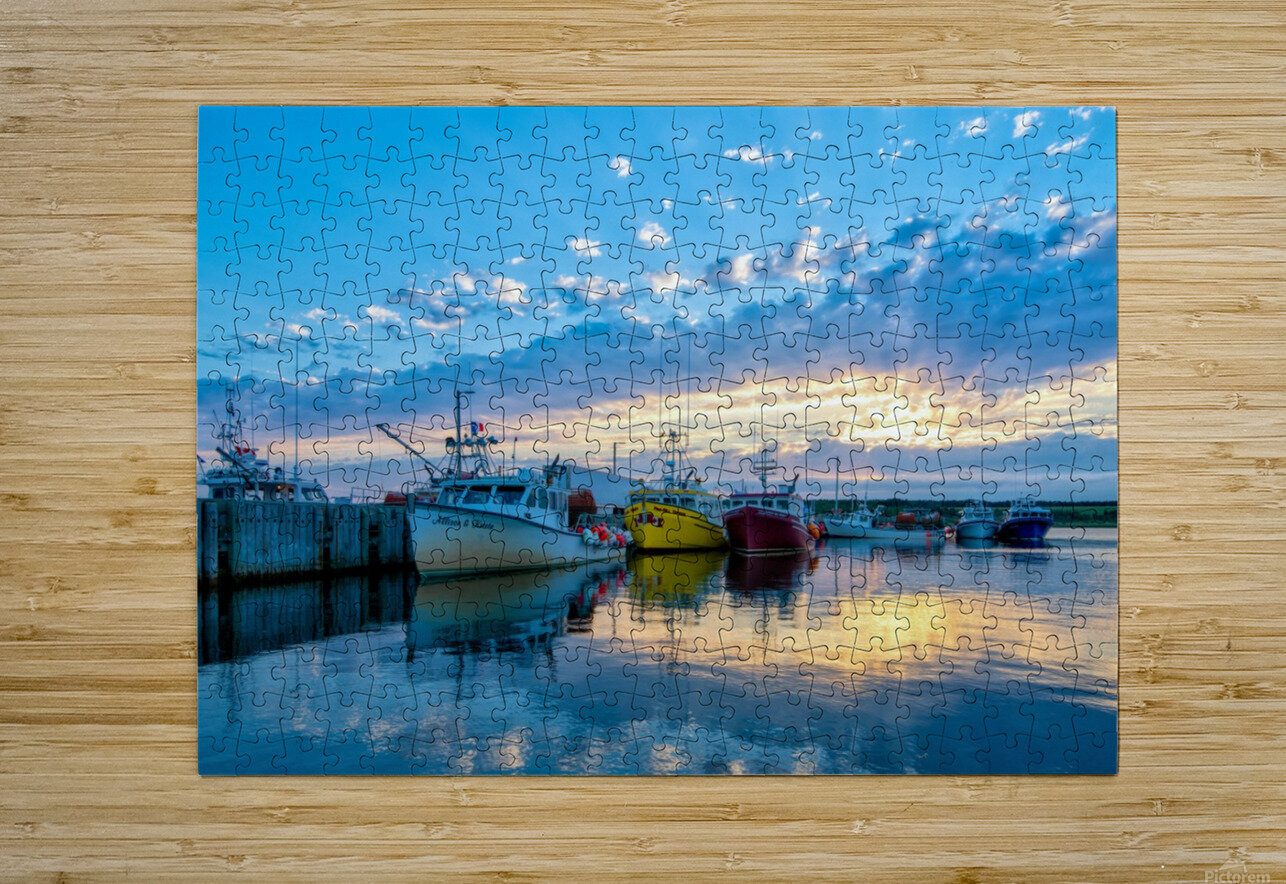 Ready for Crabbing  HD Metal print with Floating Frame on Back