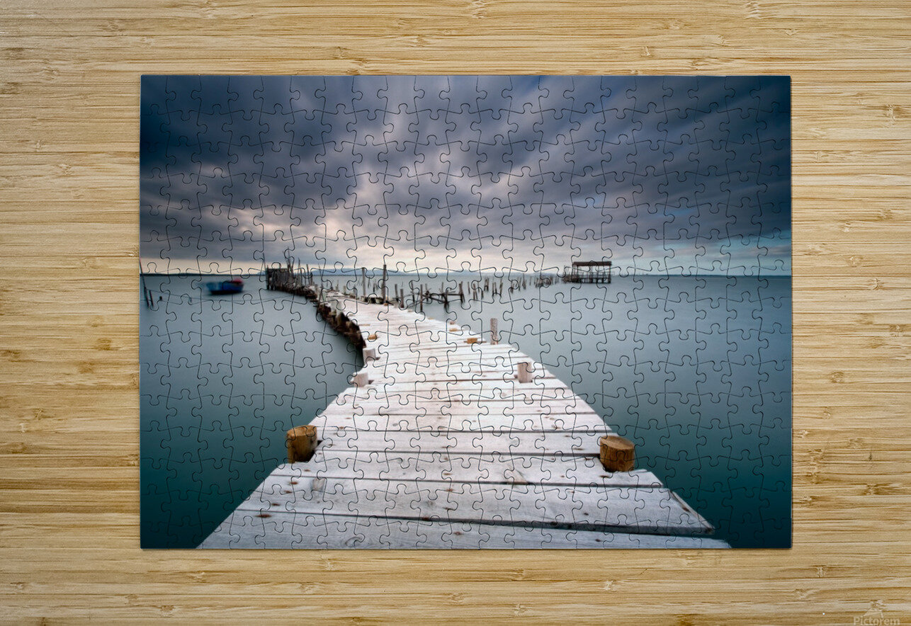 Last path  HD Metal print with Floating Frame on Back