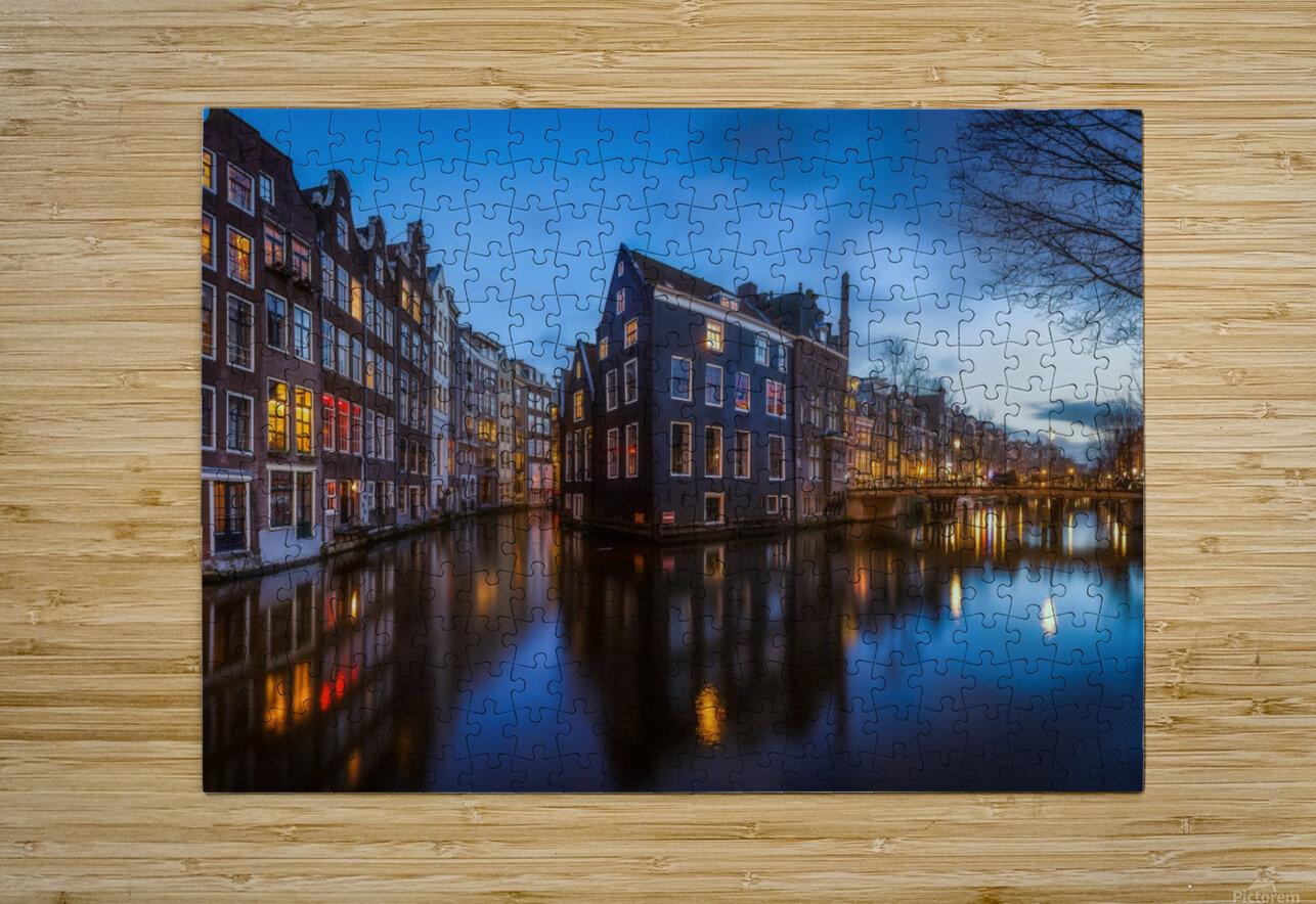 Blue Amsterdam  Impression métal HD avec cadre flottant sur le dos