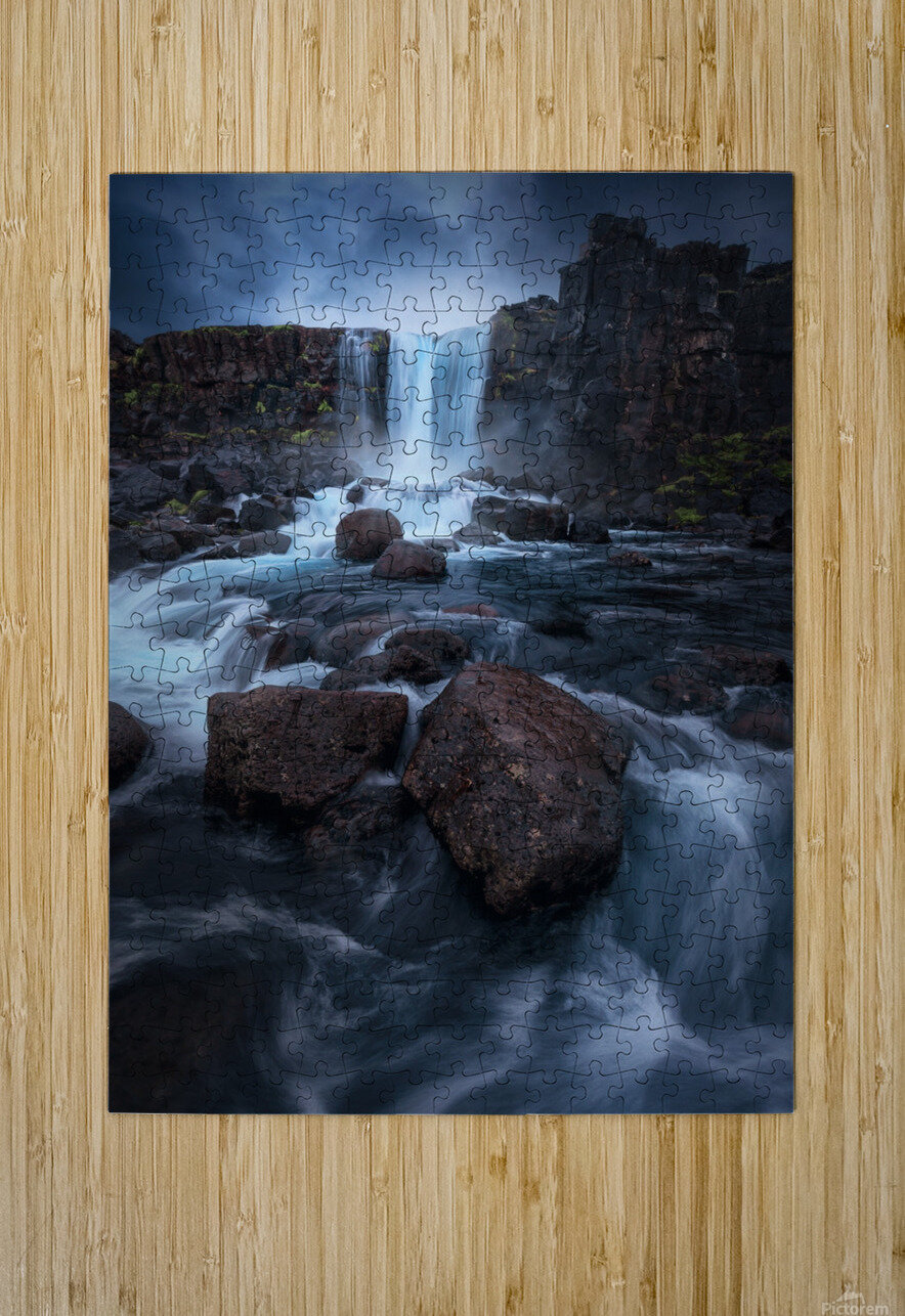 Una cascada.  HD Metal print with Floating Frame on Back